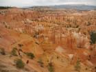 Randonneurs dans l'amphithéâtre de Bryce Canyon