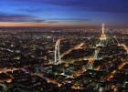 Vue de Paris au crépuscule. L'image est centrée sur la ligne 6 du métro Parisien