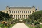 Le Muséum national d'histoire naturelle dans le Jardin des plantes de Paris