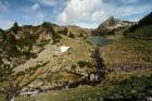 Petit lac entre les lacs de Bastan inférieur et de Bastan du milieu