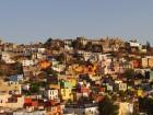 Des maisons colorées sur les hauteurs de Guanajuato